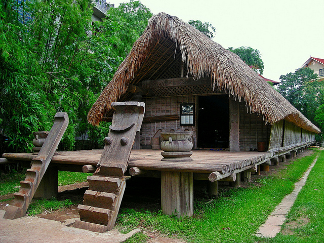 Nhà dài Ê-đê