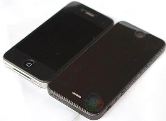 iPhone 5 được thiết kế không chỉ với màn hình lớn hơn so với iPhone 4S mà dường như độ dày của iPhone mới cũng lớn hơn.