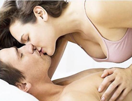 Để đời sống tình dục thực sự mỹ mãn, một hoặc cả hai người nên tích cực giảm béo.