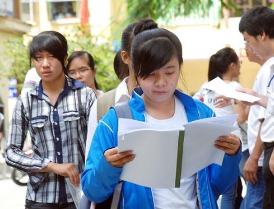 Các thí sinh dự thi ĐH, CĐ năm 2012 tại TP. HCM