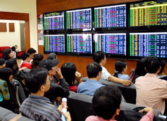 Vốn huy động qua phát hành cổ phiếu giảm mạnh
