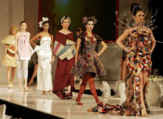 Show diễn thời trang Jakarta Indonesia ấn tượng và lôi cuốn