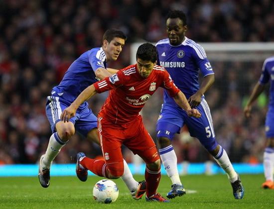 Suarez có kỹ năng của 1 cầu thủ Nam Mỹ điển hình