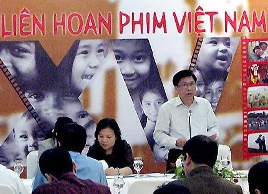 Ông Lê Ngọc Minh bị khởi tố về tội