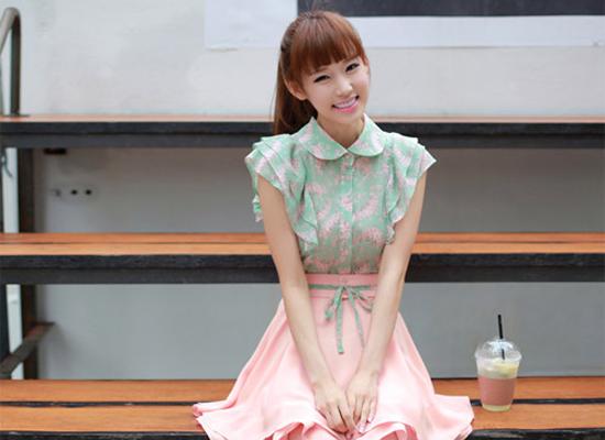 Váy xinh là món đồ thời trang yêu thích của các teengirl.