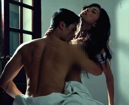 Cảnh nóng để đời của sao (P2): Những pha giường chiếu của mỹ nam trong phim Việt canhnongsaoviet12jpg1357284023