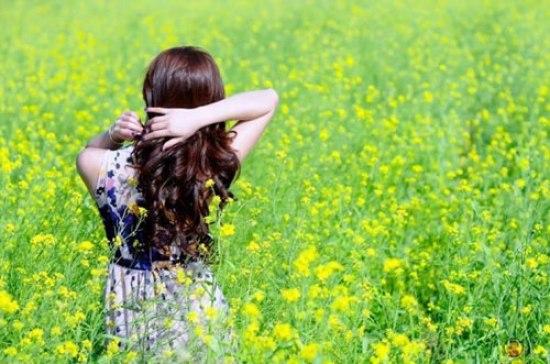 Thiếu nữ xinh đẹp rạng rỡ giữa cánh đồng hoa cải | Ảnh đẹp, Thiếu nữ, Mùa thu, Ảnh đẹp thiếu nữ, Gái đẹp, Phụ nữ đẹp, Dễ thương, Cá tính, Xinh đẹp, Hoa cải