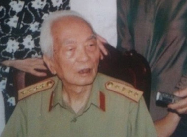 Đại tướng Võ Nguyên Giáp từ trần tối qua.