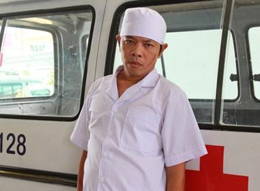 Thái Hòa bị bắt vào nhà thương điên