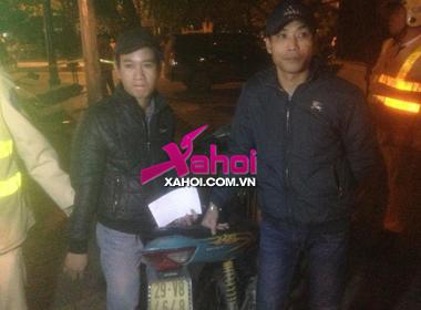 """141 bắt giữ 2 thanh niên """"tự do"""" tàng trữ ma túy"""