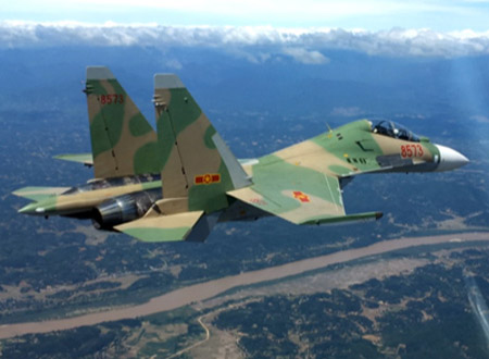 Chiến đấu cơ Su-30MK2 chụp từ trên không. Ảnh: Trung đoàn 923 cung cấp