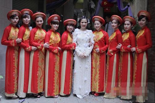 Những hình ảnh trong lễ ăn hỏi ca sỹ Mỹ Dung mydung02jpg1362641963
