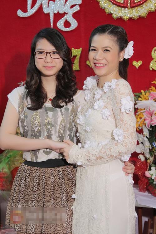Những hình ảnh trong lễ ăn hỏi ca sỹ Mỹ Dung mydung08jpg1362641962