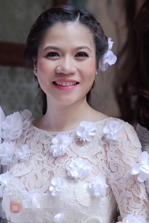 Những hình ảnh trong lễ ăn hỏi ca sỹ Mỹ Dung mydung11jpg1362641962