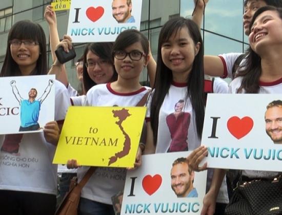 Nick Vujicic được bảo vệ nghiêm ngặt quá mức cần thiết