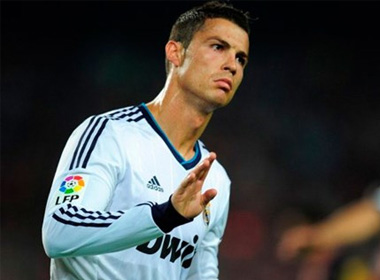 Ronaldo sẽ rời Real để gia nhập Man United?