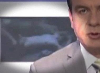 Cảnh trong bộ phim khiêu dâm bị chiếu nhầm trên kênh ET3 của đài truyền hình quốc gia Hy Lạp. Ảnh: Youtube