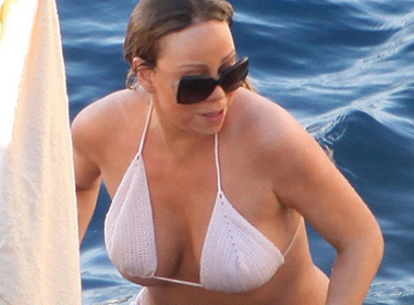 Nữ Diva Mariah Carey suýt