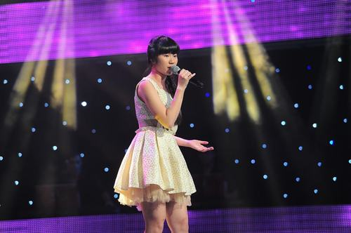 Tập 2 vòng Giấu mặt Giọng hát Việt nhí 2013: Phương Mỹ Chi với tiết mục xúc động trào nước mắt tap2thevoicenhi5jpg1370703477