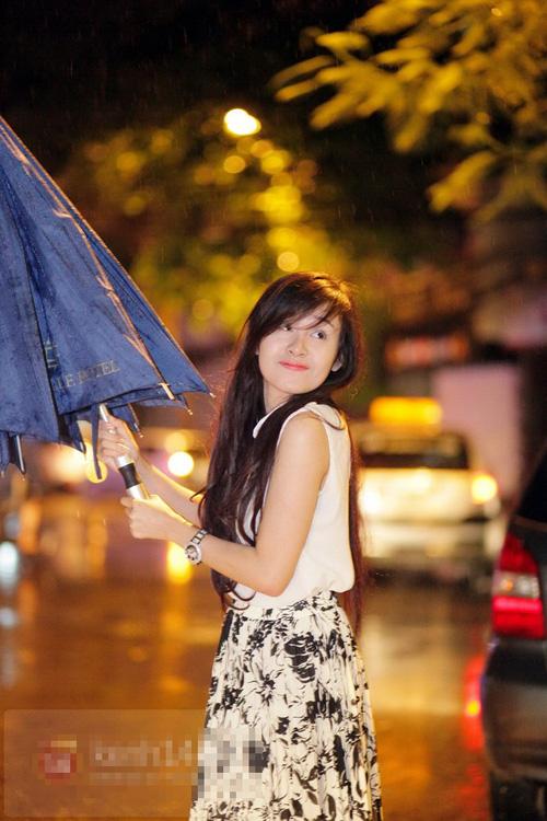 Bà Tưng tuyên bố mình không còn trinh trắng | Bà Tưng 2013, Lê Thị Huyền Anh, Hotgirl bà tưng, Bà Tưng thả rông, Bà Tưng ở Hà Nội, Bạn trai, Đại gia