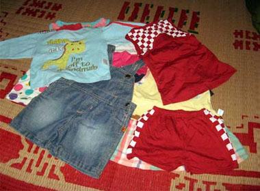 Lô quần áo xuất xứ Trung Quốc Nam được tặng trong dịp sinh nhật