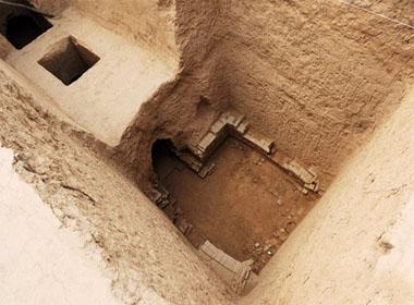 Việc phát hiện ra ngôi mộ cùng nhiều văn bia cổ là những cứ liệu quan trọng cho các nhà nghiên cứu về thời đại nhà Đường (Nguồn: Ecns.cn)