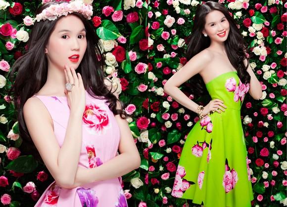 Ngọc Trinh diện váy hoa đón năm mới