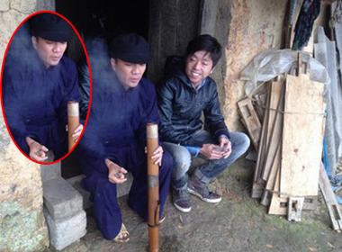 Nối gót Bằng Kiều, Đàm Vĩnh Hưng 'bắn' thuốc lào điệu nghệ
