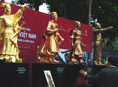 Ra mắt tượng Đại tướng Võ Nguyên Giáp và các danh tướng Việt Nam