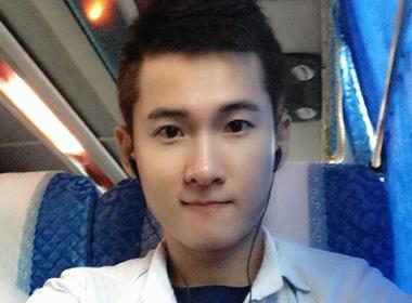 Hot boy tố Minh Béo