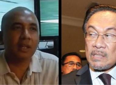"""Vụ máy bay Malaysia mất tích: """"Cơ trưởng là người cuồng chính trị"""""""