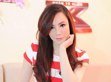 Nữ ca sĩ Hồ Quỳnh Hương