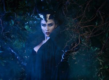 Võ Hoàng Yến bắt chước Angelina Jolie tạo hình mọc sừng ma mị