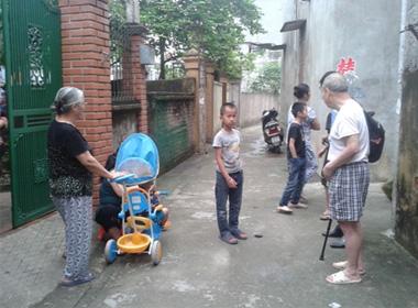 Hà Nội: Hàng chục công an vây bắt nghịch tử đánh bố nhập viện vì khúc gỗ quý