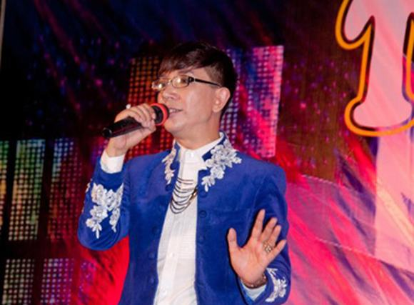 Ca sĩ Long Nhật: 'Khán giả yêu mến tôi một cách cuồng nhiệt'
