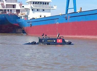 Tàu ngầm Trường Sa mini lần đầu thử nghiệm trên biển