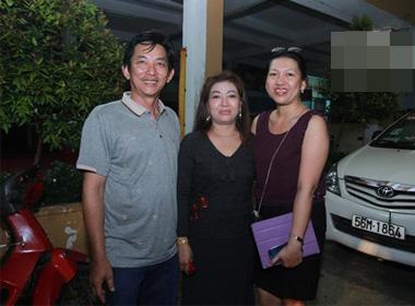 Gương mặt thân quen 2014: Bố mẹ ruột Hoài Lâm lần đầu lộ diện