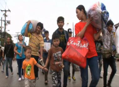 Hơn 100.000 lao động nhập cư Campuchia rời khỏi Thái Lan