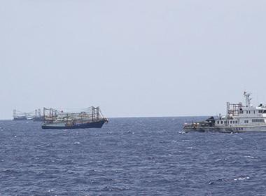Tình hình biển Đông chiều 16/6: Không loại trừ Trung Quốc tập kích tàu bè, bắt cóc con tin