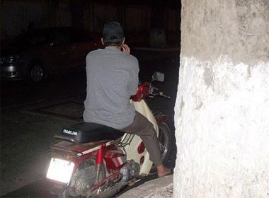 Thân phận trai gọi đứng đường giữa lòng Sài Gòn