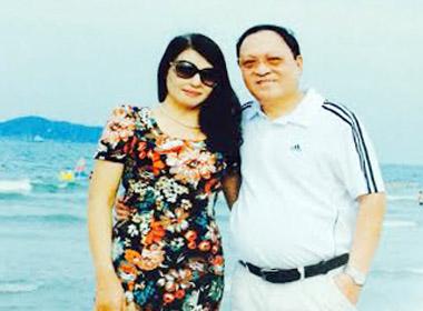 Hạnh phúc của người phụ nữ 47 lần phẫu thuật vì bị tạt axit