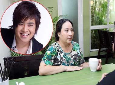 Mẹ Wanbi Tuấn Anh: 'Nó có về ôm và khóc vì sắp được đầu thai'