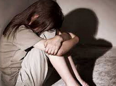 Xót xa bé gái 4 tuổi bị hãm hiếp dã man