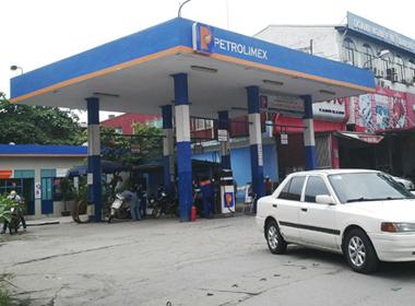 Giá xăng giảm bắt đầu từ 14h chiều nay
