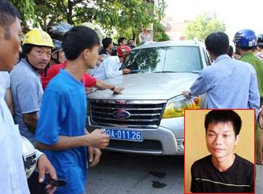 Khởi tố vụ dân bao vây xe biển xanh ở Thanh Hóa