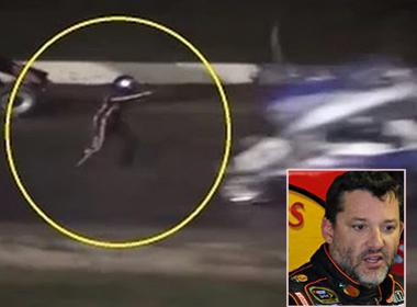Nhà vô địch Nascar tông chết đồng nghiệp trên đường đua
