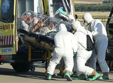 Đại dịch Ebola: Bệnh nhân đầu tiên ở châu Âu nhiễm Ebola qua đời