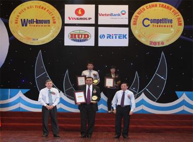 DHL nhận giải 'Nhãn hiệu nổi tiếng Việt Nam'
