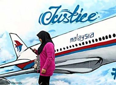 Vụ rơi máy bay MH17: Niềm an ủi của gia đình nạn nhân khi xác định được danh tính người thân