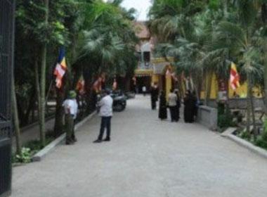 Đề nghị đưa trẻ ở chùa Bồ Đề đi chữa bệnh